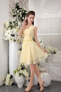 Cheap One Shoulder Knee-length Ruched Yellow Bridesmaid Dress