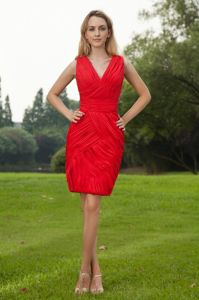 Cheap V-neck Red Ruched Mini-length Chiffon Bridesmaid Dresses