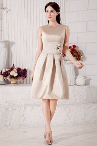 Bateau Knee-length Champagne Bridesmaid Dress with Flowers