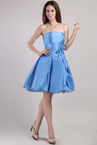 Vintage Strapless Puffy Blue Mini Bridesmaid Dresses with Sash