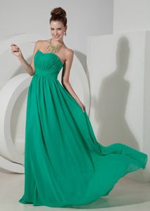 New Arrival Brush Train Ruched Turquoise Maid of Honor Dresses