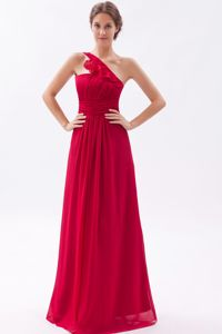 Mist Popular Wine Red One Shoulder Ruched Bridesmaid Dress