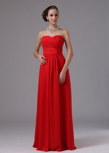 Cheap Floor-length Sweetheart Ruched Chiffon Bridesmaid Dress