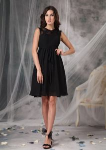 Lace High-neck Chiffon Knee-length Little Black Bridesmaid Dress